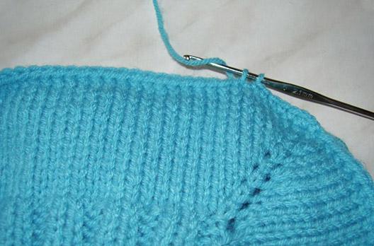 Как заканчивать вязание спицами манишка